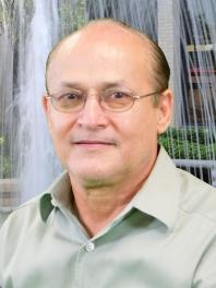 Pastor Sergio Garza